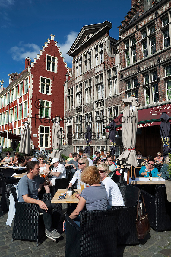 Belgium, Oost Vlaanderen, Ghent: Cafe along the Graslei