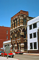 Galveston:  Office Bldg., Mechanic St. This splendid Furnessian bldg. not identified in AIA Guide.  Photo '96.