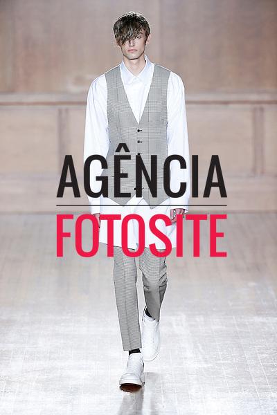 Londres, Inglaterra &ndash; 06/2014 - Desfile de Alexander McQueen durante a Semana de moda masculina de Londres - Verao 2015. <br /> Foto: FOTOSITE