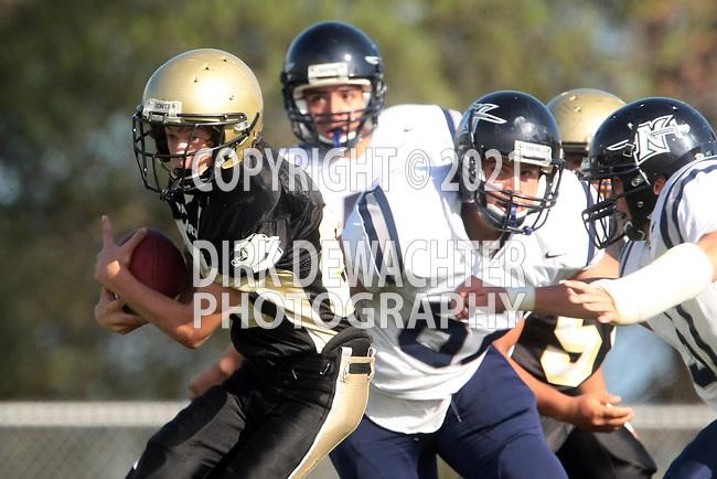 Palos Verdes, CA 09/08/10 - Max Macleay (Peninsula #20) and \NJ62\ in action during the North Saxons-Peninsula Panthers Junior Varsity football game at Peninsula High School.