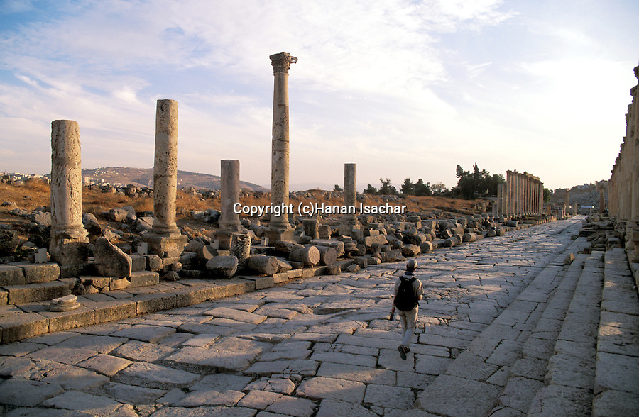 Jordan, Jerash. The Cardo, or the colonnaded street&#xA;<br />