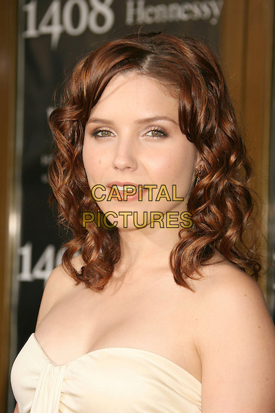 "SOPHIA BUSH.""1408"" World Premiere held at the Mann National Theater, Westwood, California, USA..June 12th, 2007.headshot portrait strapless .CAP/ADM/RE.©Russ Elliot/AdMedia/Capital Pictures"