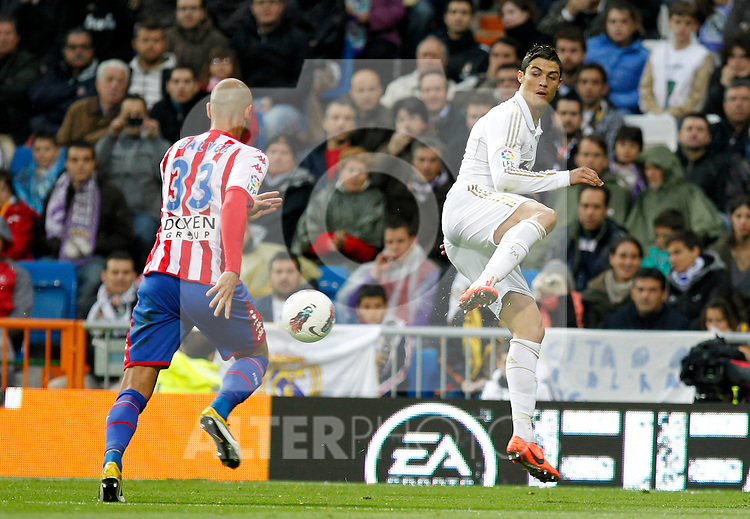 Madrid (14/04/2012).- Estadio Santiago Bernabeu..Liga BBVA.Real Madrid - Sporting de Gijon..Cristiano Ronaldo...Photo: Alex Cid-Fuentes / ALFAQUI..
