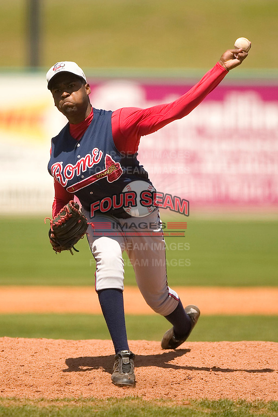 Rome Braves pitcher Nelson Payano fires a pitch to the plate versus Kannapolis at Fieldcrest Cannon Stadium in Kannapolis, NC, Tuesday, April 18, 2006.  Rome defeated Kannapolis 6-4.