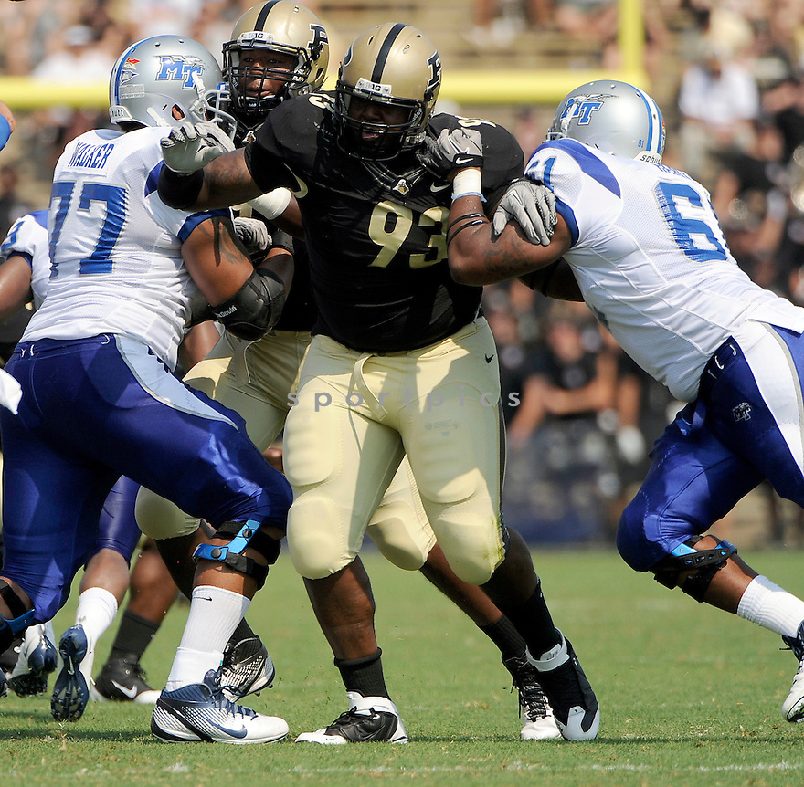 KAWANN SHORT, of the Purdue Boilermakers, in action during the Boilermakers game against Middle Tennessee State at Ross-Ade Stadium in West Lafayette, IN. Purdue beat Middle Tennessee State 27-24.