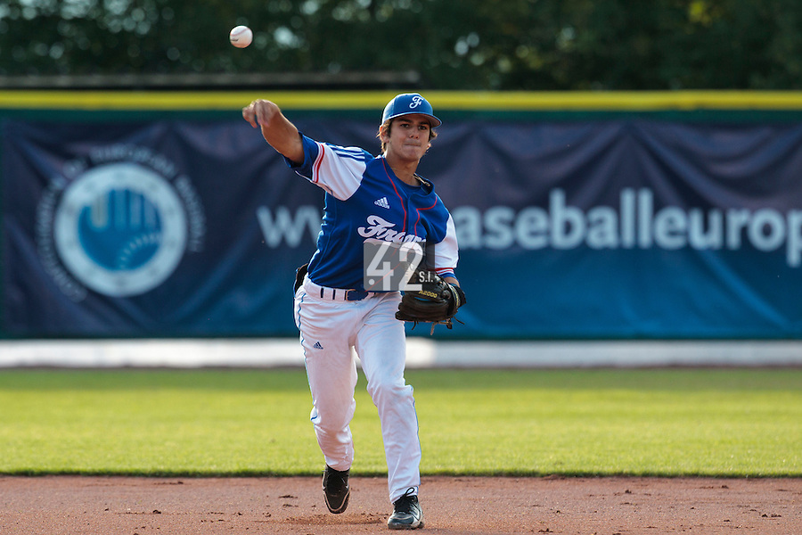 27 july 2010: Maxime Lefevre of France throws the ball to first base during Germany 10-9 victory over France, in day 5 of the 2010 European Championship Seniors, in Stuttgart, Germany.