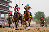 LOUISVILLE, KY - MAY 04: Monomoy Girl #14 with Florent Geroux defeats Wonder Gadot #5 with John Velazquez to win the Longines Kentucky Oaks at Churchill Downs on May 4, 2018 in Louisville, Kentucky. (Photo by Alex Evers/Eclipse Sportswire/Getty Images)