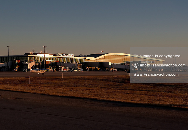 Aeroporto Quebec City : Aeroport international jean lesage airport