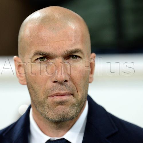 06.04.2016. Wolfsburg, Geramny. UEFA Champions League quarterfinal. VfL Wolfsburg versus Real Madrid.  Trainer,  Zinedine ZIDANE (Real Madrid)
