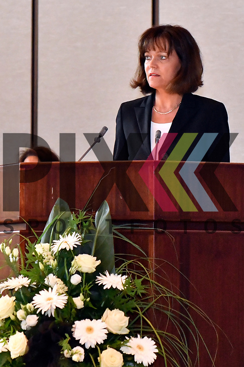 Ludwigshafen 26.06.17 Gedenkminute und Erinnerung fuer Helmut Kohl im Rathaus Ludwigshafen. Im Bild OB Eva Lohse bei ihrer Rede.<br /> <br /> Foto &copy; Ruffler For editorial use only. (Bild ist honorarpflichtig - No Model Release!)