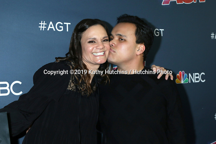"LOS ANGELES - SEP 18:  Tina Lee, Kodi Lee at the ""America's Got Talent"" Season 14 Finale Red Carpet at the Dolby Theater on September 18, 2019 in Los Angeles, CA"
