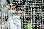 Real Madrid´s Karim Benzema celebrates a goal with Arbeloa during La Liga match at Santiago Bernabeu stadium in Madrid, Spain. February 14, 2015. (ALTERPHOTOS/Victor Blanco)