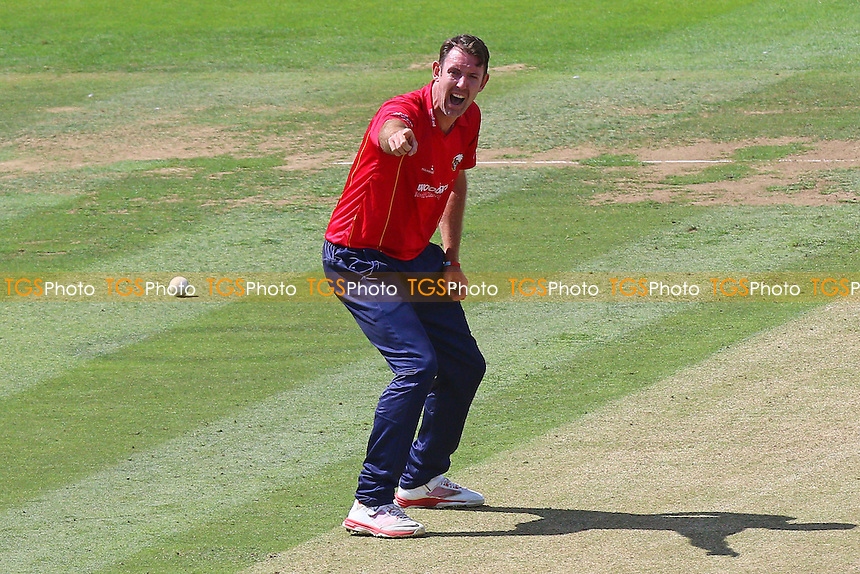 David Masters of Essex with an appeal for a wicket during Middlesex vs Essex Eagles, Royal London One-Day Cup Cricket at Lord's Cricket Ground on 31st July 2016