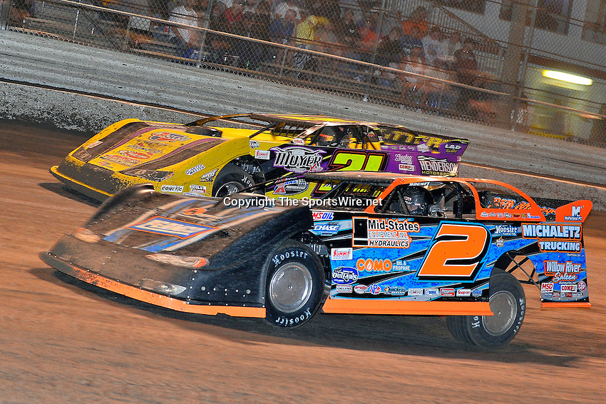 Feb 20, 2014; 9:41:15 PM;  Barberville, FL, USA;  World of Outlaws Late Model Series for 43rd Annual DIRTcar Nationals presented by Summit Racing Equipment at Volusia Speedway Park.  Mandatory Credit: (thesportswire.net)