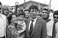 - raduno del partito Lega Lombarda a Pontida, il leader Umberto Bossi con la moglie e il figlio (1991)....- meeting of the Lega Lombarda party at Pontida the leader Umberto Bossi with his wife and son (1991)