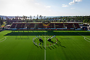 OSTERSUND, SWEDEN - JUNE 18: Players of both teams stands in a minute of silence to honor the victims of the Coronavirus, COVID-19 during the Allsvenskan match between Ostersunds FK and IK Sirius FK at Jamtkraft Arena on June 18, 2020 in Ostersund, Sweden. (Photo by David Lidström Hultén/LPNA)