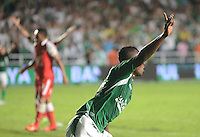 CALI -COLOMBIA, 15-06-2013. Miguel Murillo del Deportivo Cali celebra gol en contra de Independiente Santa Fe en partido de los cuadrangulares finales F1 de la Liga Postobón 2013-1 jugado en el estadio Pascual Guerrero de la ciudad de Cali./  Deportivo Cali player, Miguel Murillo, celebrates a goal against Independiente Santa Fe during match of the final quadrangular 1th date of Postobon  League 2013-1 at Pascual Guerrero stadium in Cali city. Photo: VizzorImage/ Juan Carlos Quintero/STR