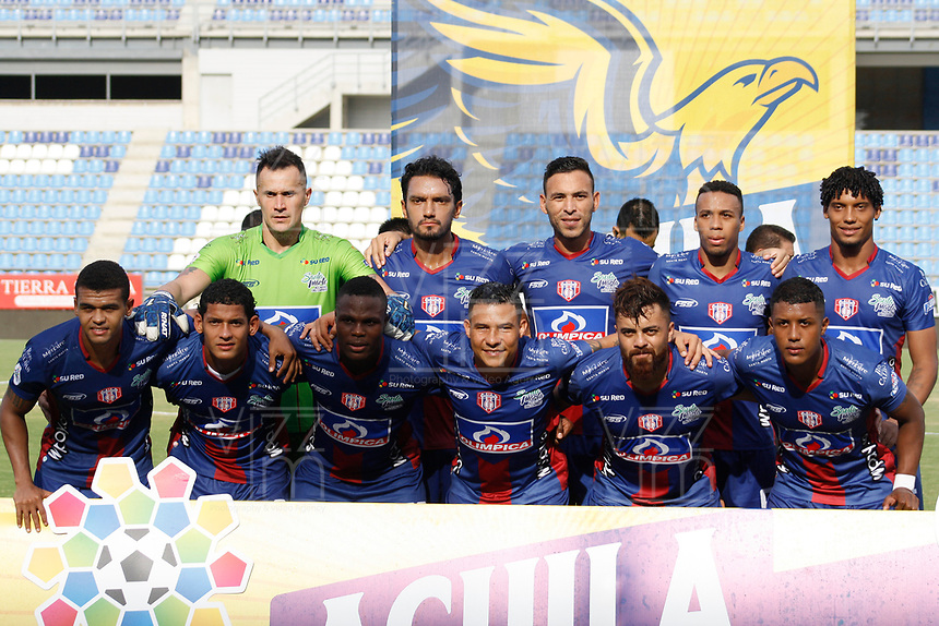 SANTA MARTA – COLOMBIA, 04-09-2019: Jugadores de Unión posan para una foto previo al partido por la fecha 7 de la Liga Águila II 2019 entre Unión Magdalena y Millonarios jugado en el estadio Sierra Nevada de la ciudad de Santa Marta. / Players of Union pose to a photo prior the match for the date 7 as part Aguila League II 2019 between Unión Magdalena y Millonarios played at Sierra Nevada stadium in Santa Marta city. Photo: VizzorImage / Gustavo Pacheco / Cont
