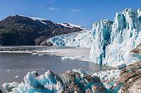 MV Discovery in front of Chenega glacier, Prince William Sound, Alaska.