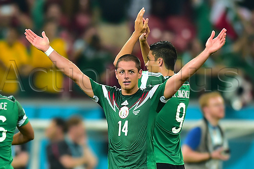 23.06.2014: Mexico. World Cup<br />  Javier HERNANDEZ  of Mexico and Raul JIMENEZ ( Raul Alonso Jimenez RODRIGUEZ )  of Mexico thanking supporters after the match.