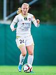 Solna 2015-10-11 Fotboll Damallsvenskan AIK - FC Roseng&aring;rd :  <br /> Roseng&aring;rds Ebba Wieder i aktion under matchen mellan AIK och FC Roseng&aring;rd <br /> (Foto: Kenta J&ouml;nsson) Nyckelord:  Damallsvenskan Allsvenskan Dam Damer Damfotboll Skytteholm Skytteholms IP AIK Gnaget  FC Roseng&aring;rd portr&auml;tt portrait
