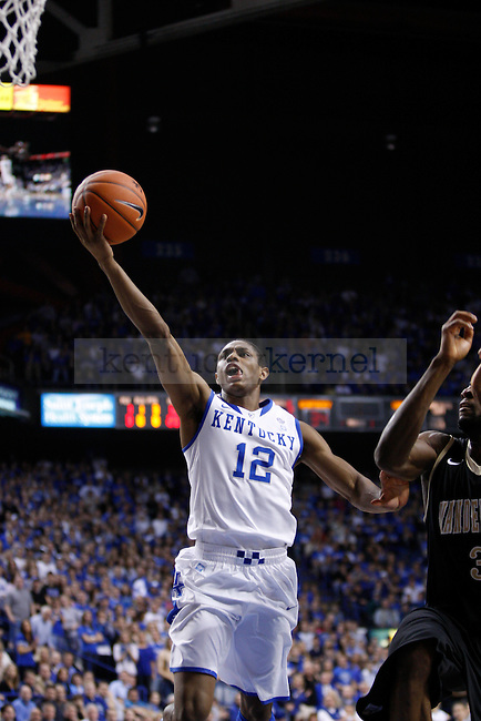 UK's Brandon Knight lays the ball up against Vanderbilt at Rupp Arena on Tuesday, March 1, 2011. Photo by Scott Hannigan | Staff