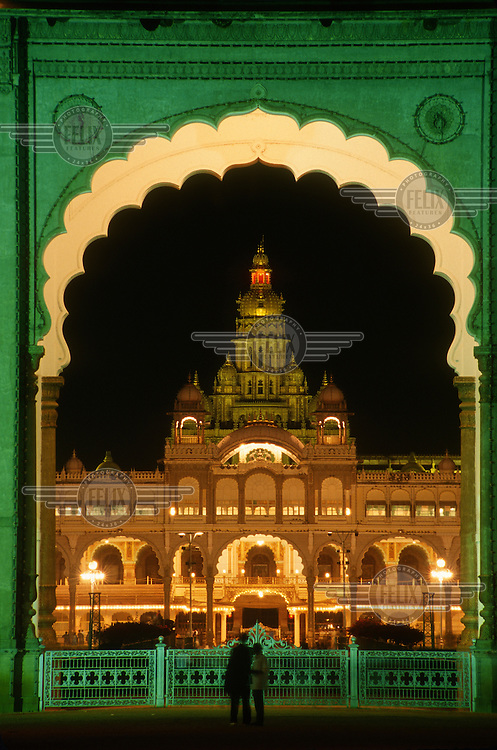 The dramatically illuminated City Palace (Amba Vilasa Palace), one of the most ornate in the country.