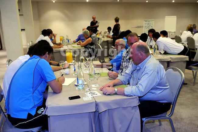 TENERIFE - Trainingskamp FC Groningen, seizoen 2010-2011, 10-11-2011 sponsoravond met kwis