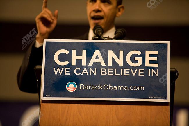 Senator Barack Obama speeks at a rally on primary night, Nashua, New Hampshire, January 8, 2008.