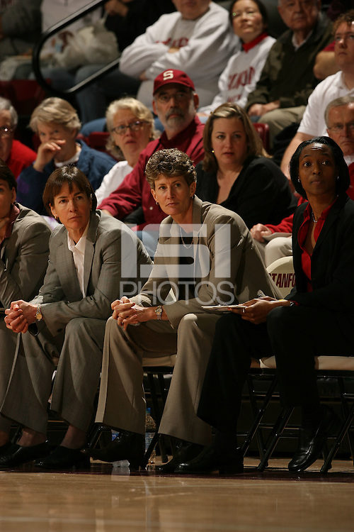 14 January 2006: Tara Vanderveer, Amy Tucker during Stanford's 87-75 win over the California Golden Bears at Maples Pavilion in Stanford, CA.