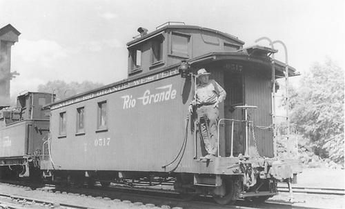 Long caboose #0517.<br /> D&amp;RGW