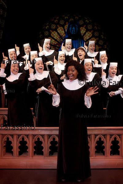 Milano, 12/10/2011, teatro nazionale, cast del musical Sister Act