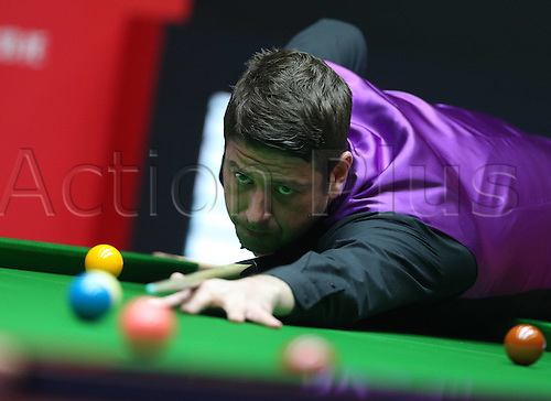 28.03.2016. Beijing, China,  Matthew Stevens of Wales competes during the first round match against Graeme Dott of Britain at the 2016 World Snooker China Open in Beijing, capital of China, March 28, 2016.