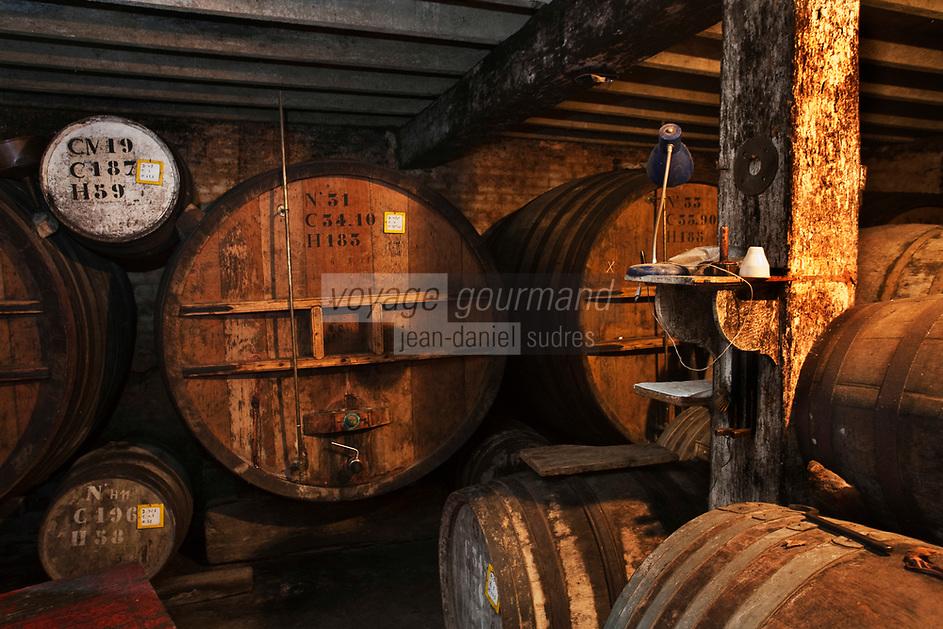 Europe/France/Nord-Pas-de-Calais/62/Pas-de-Calais/ Houlle: Distillerie Persyn- Genièvre de Houlle // France, Pas de Calais, Houlle, Hugues Persyn, Persyn Distillery Gin-Houlle