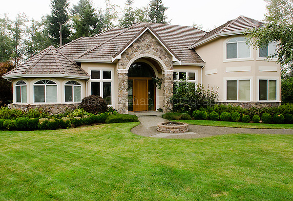 Interior and exterior photography, Thurston County, Washington. 6503 Portstewart Lane SE Olympia, WA 98501