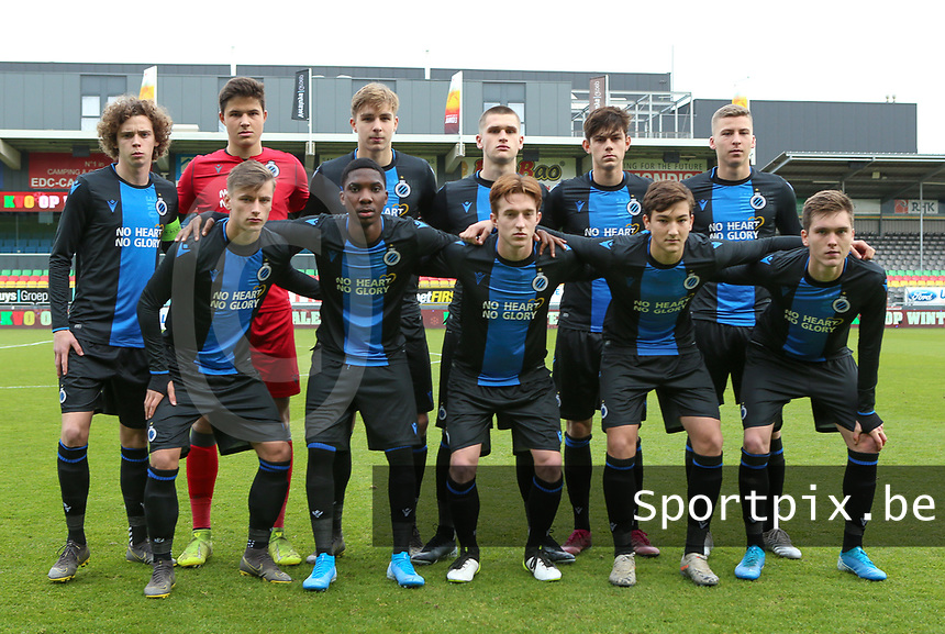 20191211- Ostend: Club Brugge's players with Senne Lammens (1) , Ignace Van Der Bempt (2) , Lars Dendoncker (4) , Maxim De Cuyper (5) , Wilkims Ochieng (7) , Mathias De Wolf (8) , Noah Aelterman (9) , Thibo Baeten (10) , Jarno Vervaque (12) , Thomas Van Den Keybus (15) and Xander Blomme (16) pictured posing for the team picture at the start of the UEFA Youth League Group A football match between Club Brugge and Real Madrid on Wednesday 11th December 2019 at Versluys Arena, Ostend, Belgium. PHOTO: SEVIL OKTEM | Sportpix.be