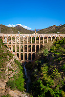Spanien, Andalusien, Provinz Málaga, Nerja: Puente del Aguila, Aquaedukt | Spain, Andalusia, Nerja: Puente del Aguila, aqueduct