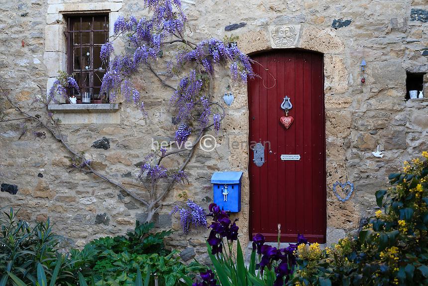 France, H&eacute;rault (34), Minerve, labellis&eacute; Les Plus Beaux Villages de France, maison de village // France, Herault, Minerve, labelled Les Plus Beaux Villages de France (The Most beautiful<br /> Villages of France), house in the village