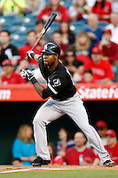 Alejandro De Aza #30 of the Chicago White Sox bats against the Los Angeles Angels at Angel Stadium on May 17, 2013 in Anaheim, California. (Larry Goren/Four Seam Images)