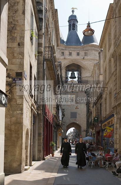 Europe/France/Aquitaine/33/Gironde/Bordeaux: La rue Saint James et la grosse Cloche