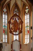 Germany, Bavaria, Lower Franconia, near Volkach am Main: Madonna image hand-crafted by wood carver Tilman Riemenschneider in catholic pilgrimage church 'Mary in Vineyard' | Deutschland, Bayern, Unterfranken, Volkach am Main: die Riemenschneider-Madonna in der katholischen Wallfahrtskirche Maria im Weingarten
