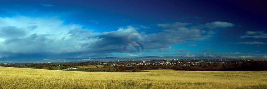 Glasgow and the Campsie Fells from Dams to Darnley Country Park, Barrhead, East Renfrewshire