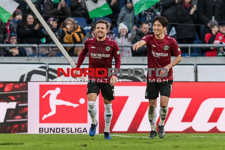 09.02.2019, HDI Arena, Hannover, GER, 1.FBL, Hannover 96 vs 1. FC Nuernberg<br /> <br /> DFL REGULATIONS PROHIBIT ANY USE OF PHOTOGRAPHS AS IMAGE SEQUENCES AND/OR QUASI-VIDEO.<br /> <br /> im Bild / picture shows<br /> Jubel 1:0, Nicolai Müller / Mueller (Neuzugang Hannover 96 #21) bejubelt seinen Treffer zum 1:0 kurz vor Halbzeitpfiff, <br /> <br /> Foto © nordphoto / Ewert