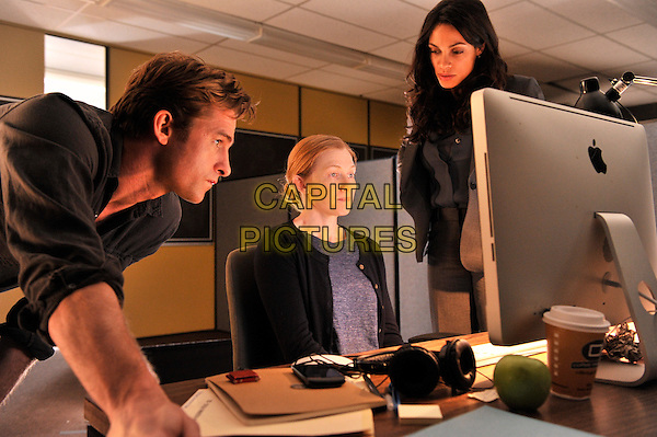 Scott Speedman, Mireille Enos, Rosario Dawson<br /> in The Captive (2014) <br /> *Filmstill - Editorial Use Only*<br /> CAP/NFS<br /> Image supplied by Capital Pictures