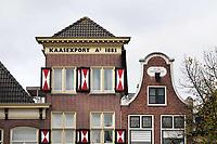 Nederland Alkmaar 2018. Gevels van huizen bij de Waag. Kaasexport. Foto Berlinda van Dam / Hollandse Hoogte