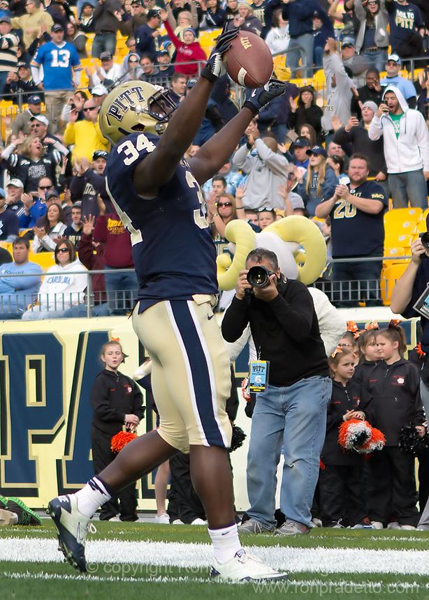 Pitt running back Isaac Bennett celebrates his 8-yard touchdown reception. The North Carolina Tar Heels defeated the Pitt Panthers 34-27 at Heinz Field, Pittsburgh Pennsylvania on November 16, 2013.