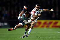 Tom O'Flaherty of Exeter Chiefs is tackled by Nathan Earle of Harlequins. Gallagher Premiership match, between Harlequins and Exeter Chiefs on November 30, 2018 at the Twickenham Stoop in London, England. Photo by: Patrick Khachfe / JMP