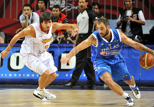 Sep 04, 2010; Istanbul, TURKEY; Defending champions Spain broke open a close game in the fourth quarter and continued their mastery over Greece by winning their Eight-Final showdown at the FIBA World Championship on Saturday. Ricky RUBIO (L) of Spain and Vassilis SPANOULIS (R) of Greece.