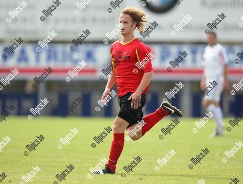 2009-09-06 / Voetbal / seizoen 2009-2010 / Kapellen - KVV Coxyde / Jeroen de Vlaming ..Foto: Maarten Straetemans (SMB)