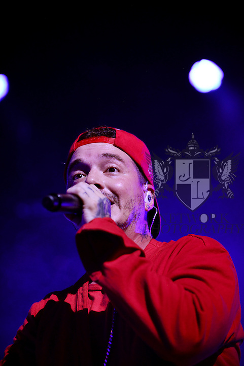 MIAMI, FL - SEPTEMBER 23: J Balvin performs onstage during ' La Familia' tour at James L Knight Center on Wednesday September 23, 2015 in Miami, Florida. ( Photo by Johnny Louis / jlnphotography.com )